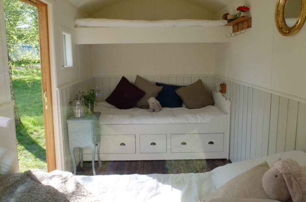 shepherds hut interior 1